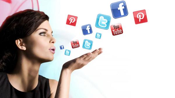 Las mujeres son las que mandan en las redes sociales